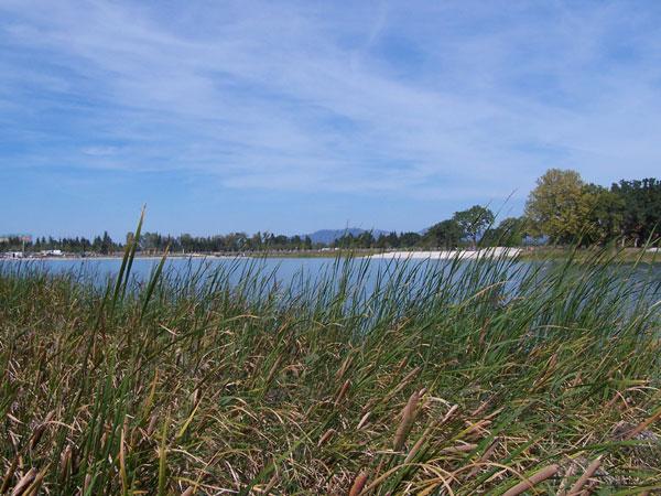 Vue générale du Lac de Beaulieu